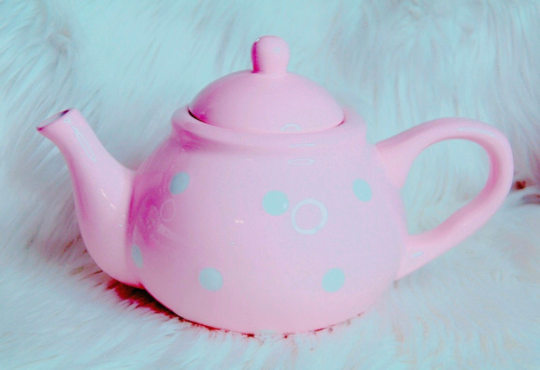 Light pink tea pot with polka dots
