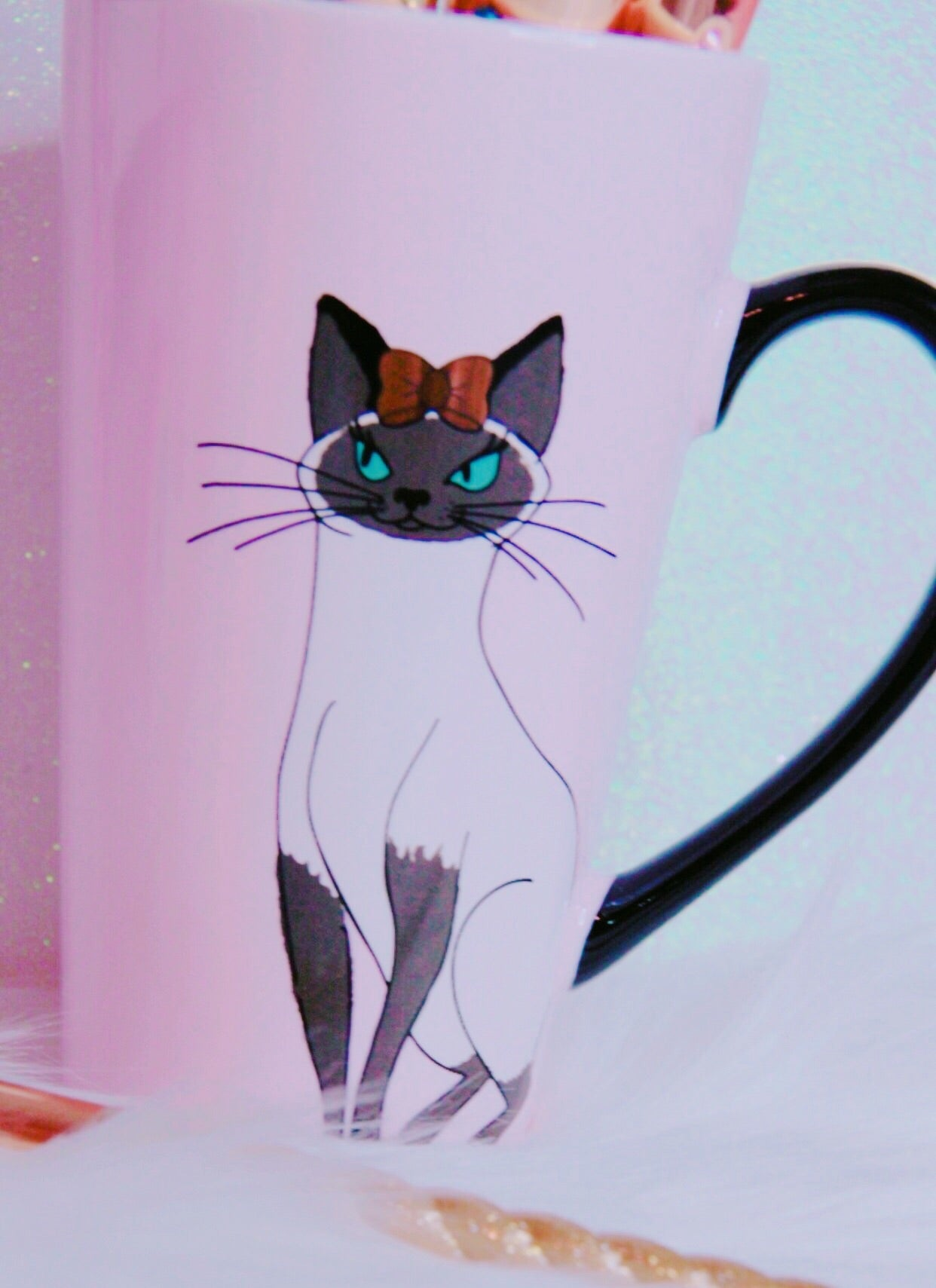 Elegant kitty 🐱 light pink mug