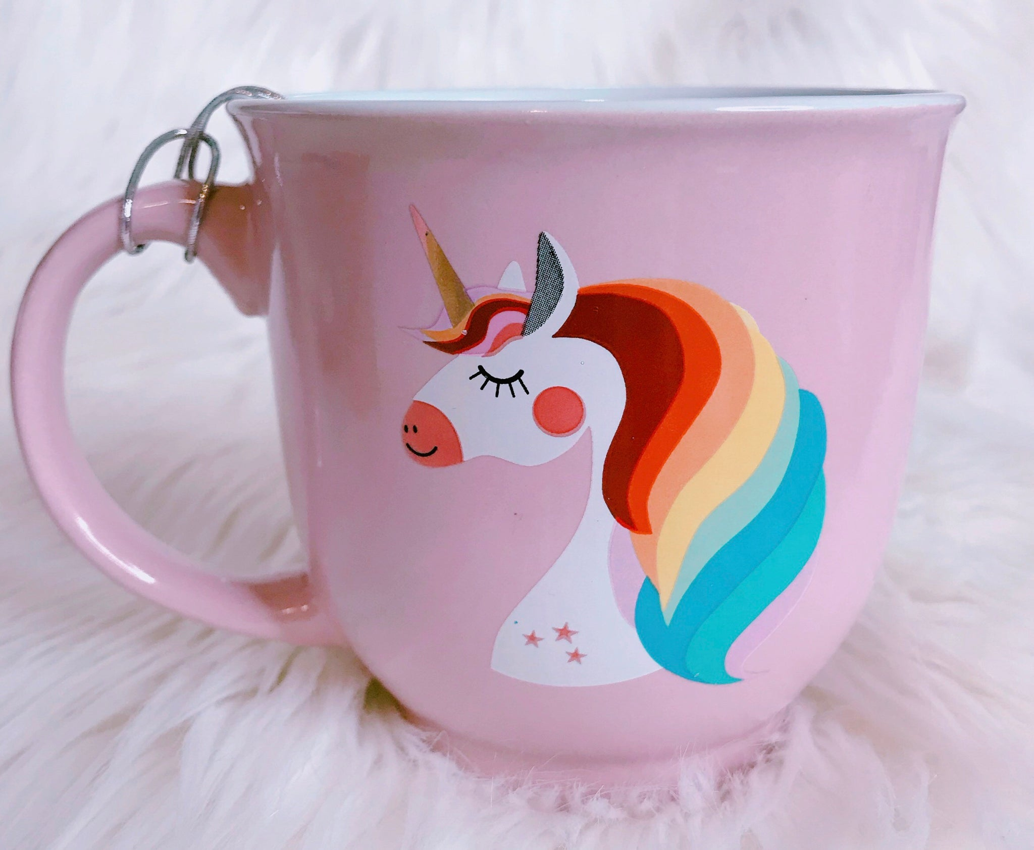 Beautiful pink rainbow unicorn mug