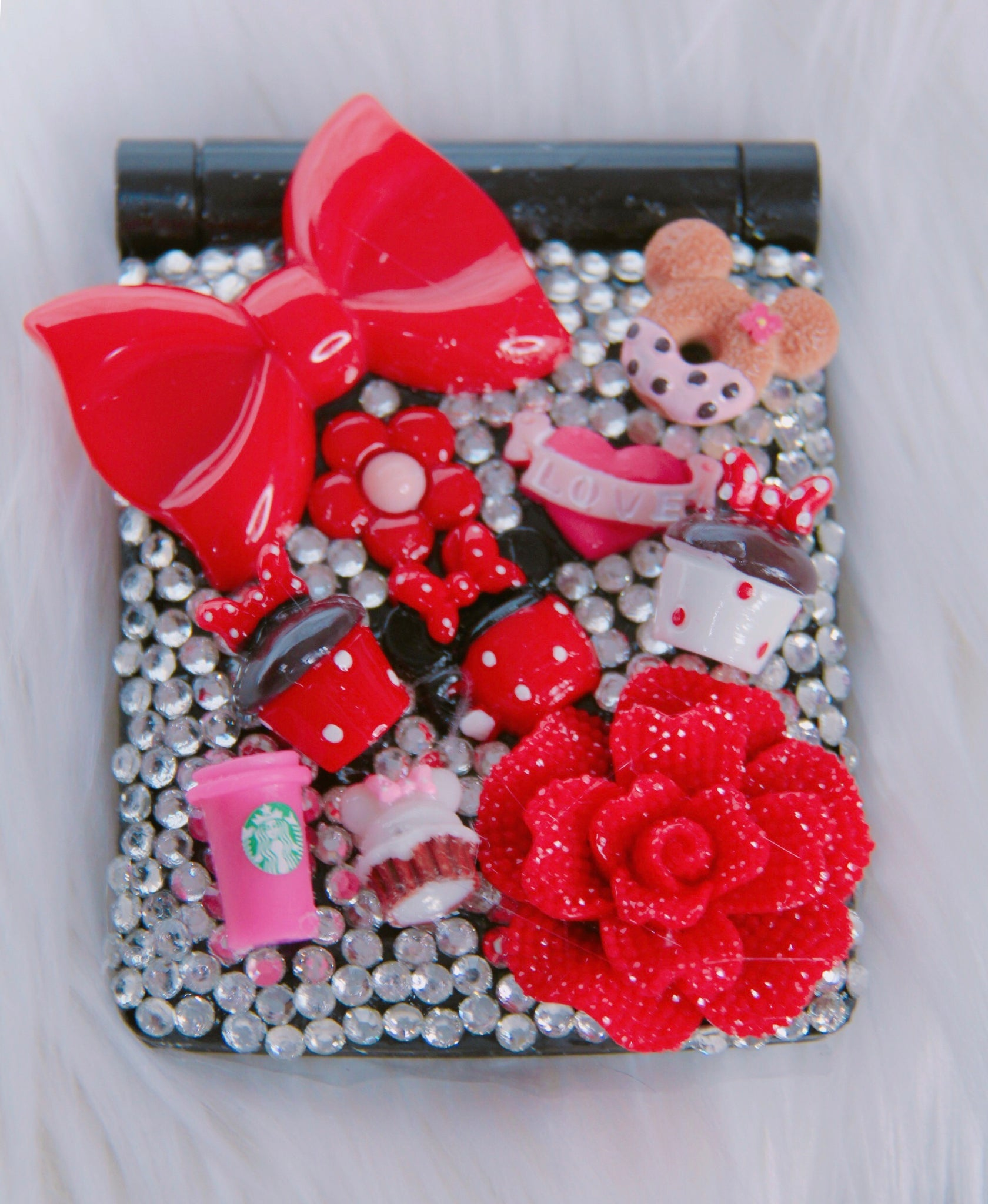 Minnie Mouse inspired compact mirror with lights
