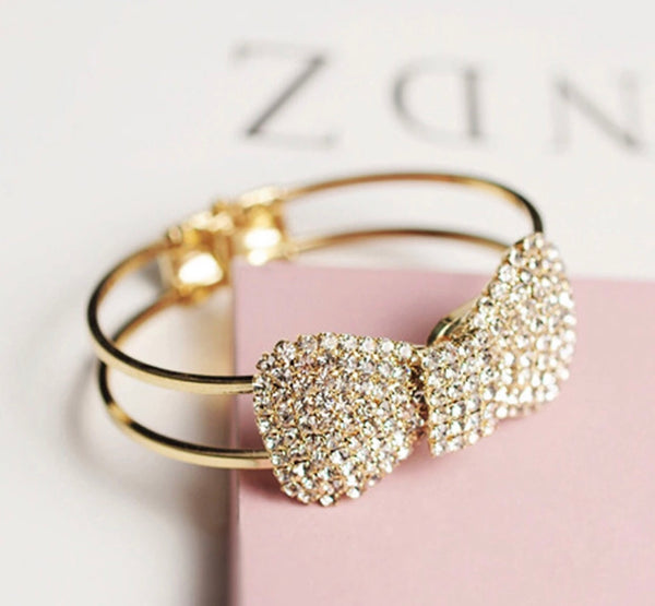 Bow bangle fashion bracelet