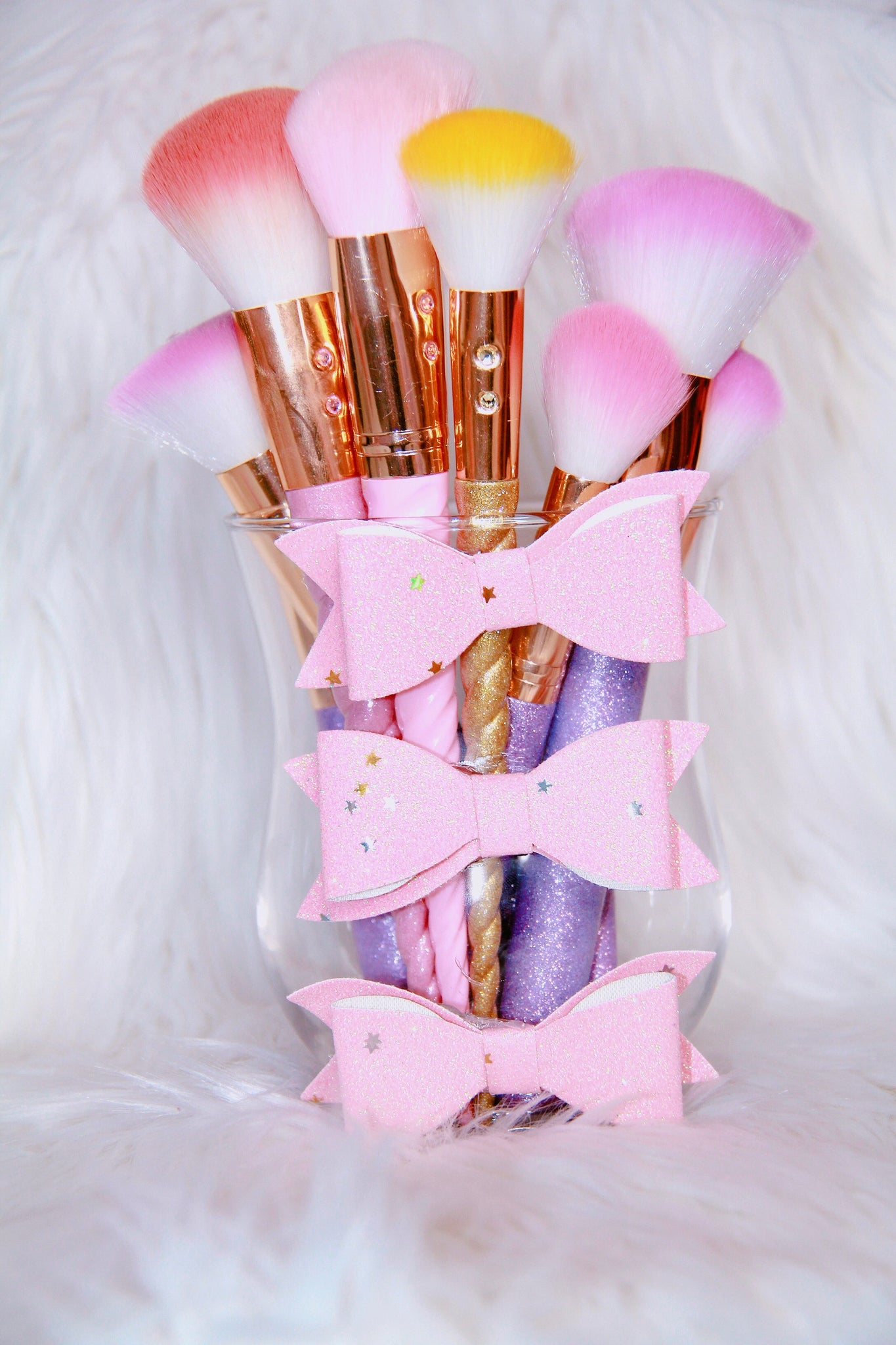 Glitter Bows brush holder