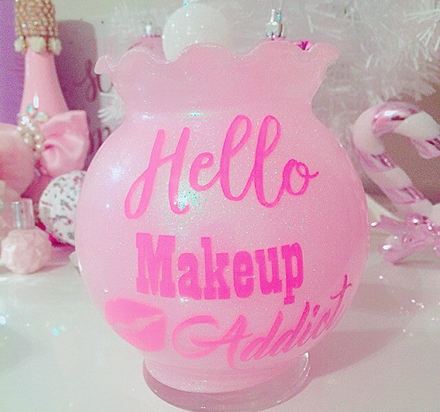 Hello Makeup Addict brush holder