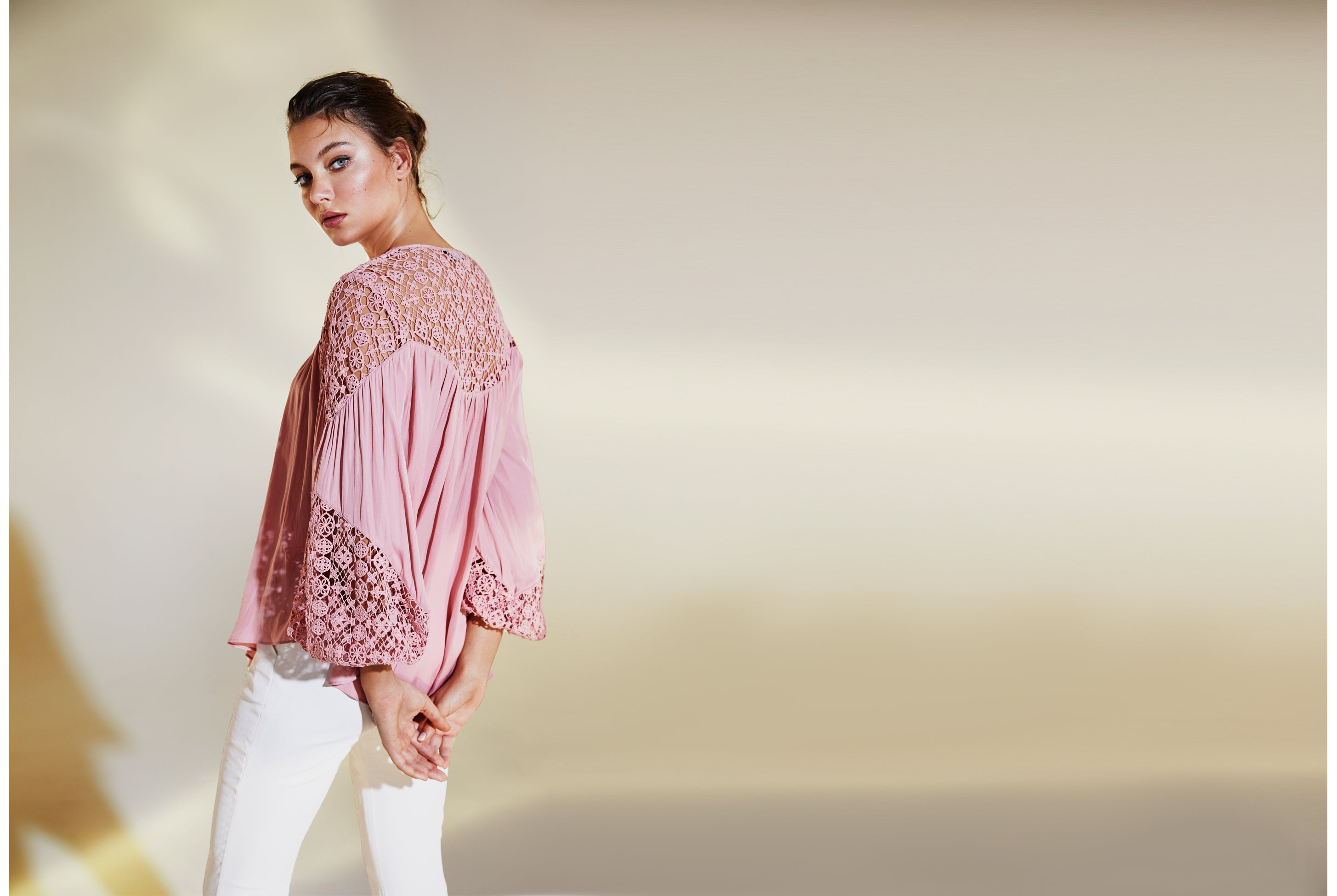 Look Twice Lace Yolk Balloon Sleeve Blouse in Rose Pink