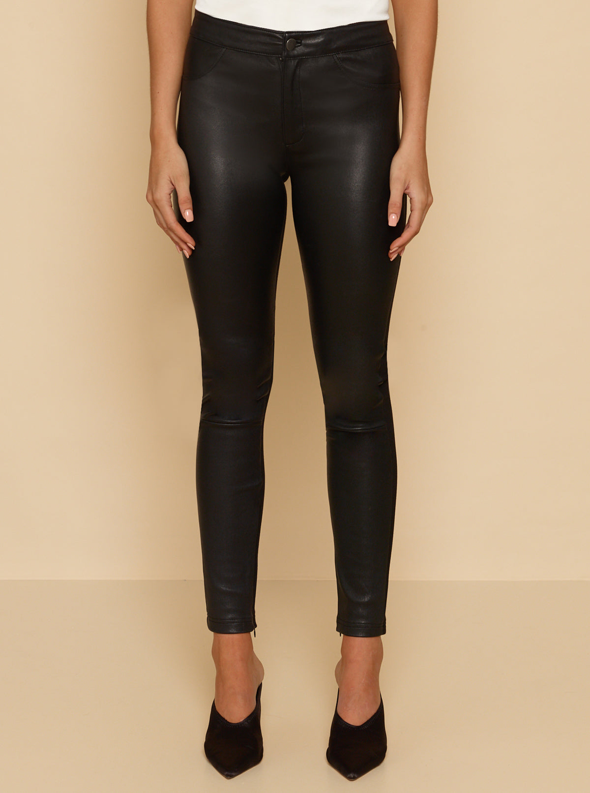 Pure Iconic Ponte Legging - Black