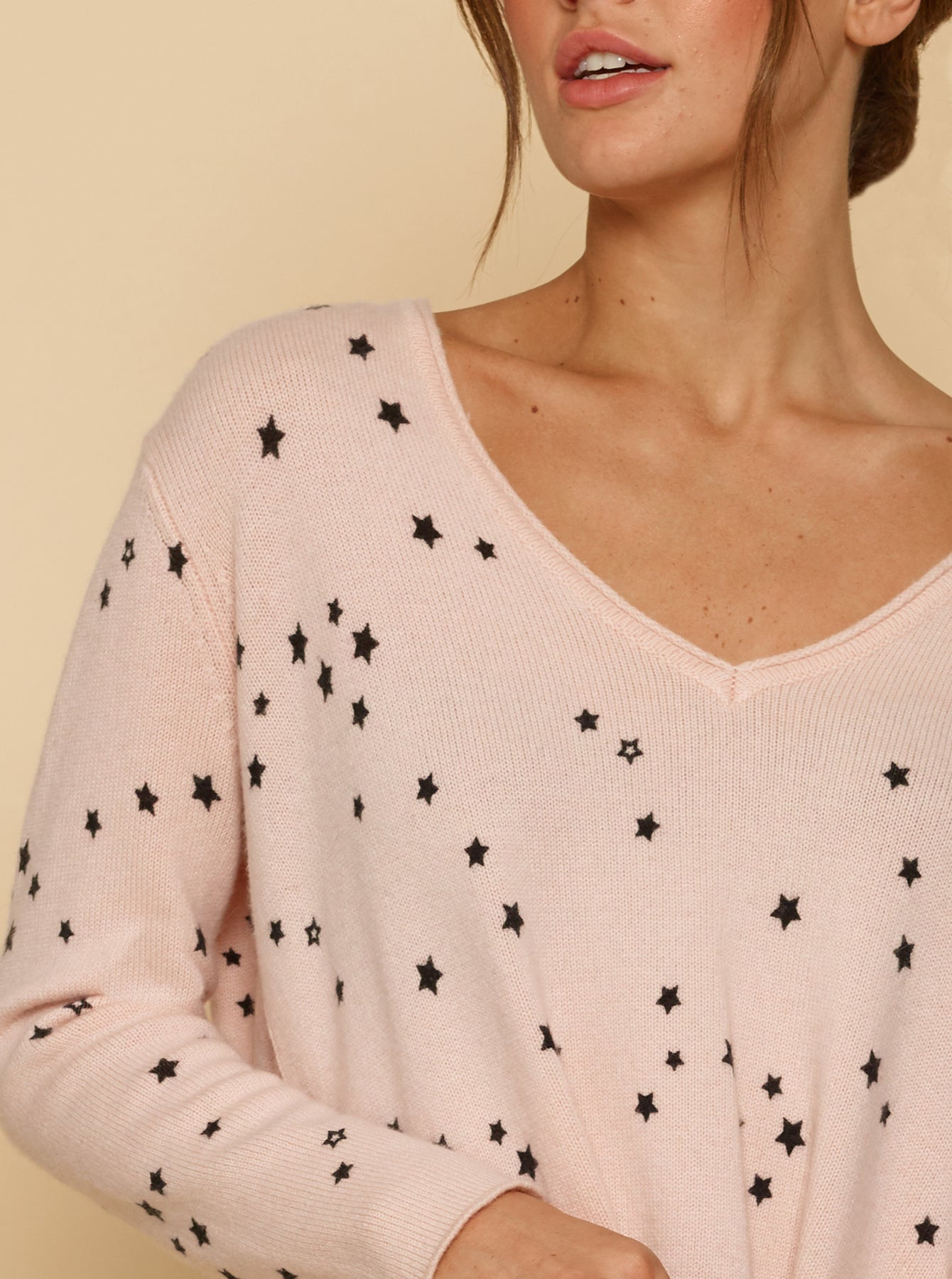 Galaxy V-Neck Oversized Sweater - Shell Pink/Black Star