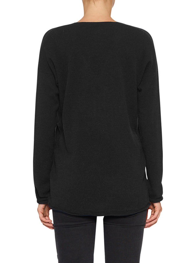 Superluxe Self Roll V-Neck - Black