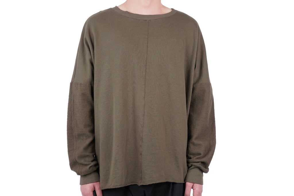 OVERSIZED HERO SWEAT