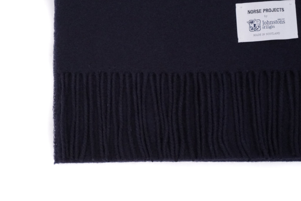 "X JOHNSTONS LAMBSWOOL SCARF ""NAVY"""
