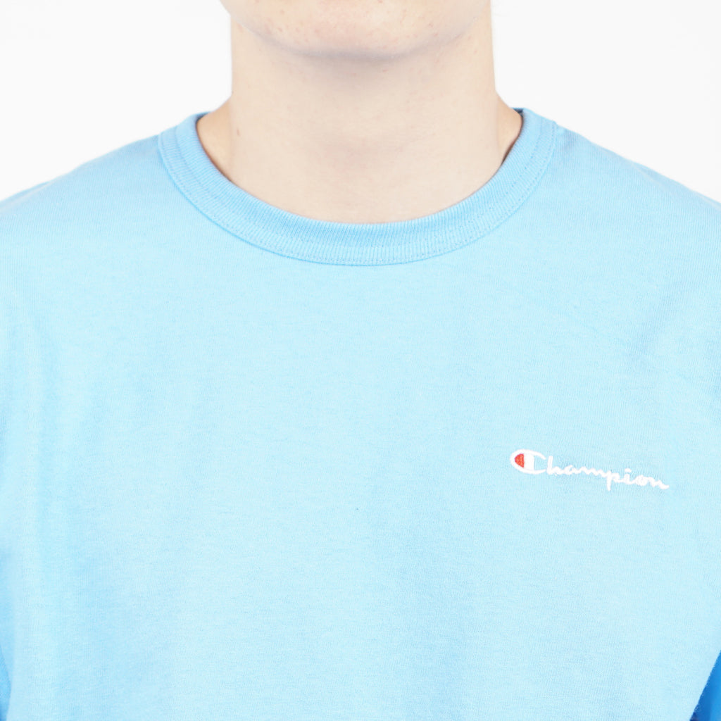 "HERITAGE TEE WITH CHEST LOGO ""SKY"""