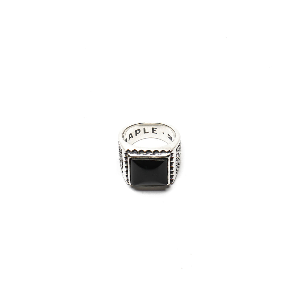 "BUICK RING ""SILVER 925 / ONYX"""