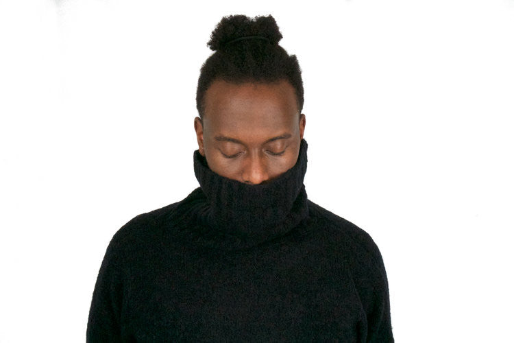 "DOSE TURTLENECK SWEATER ""BLACK"""