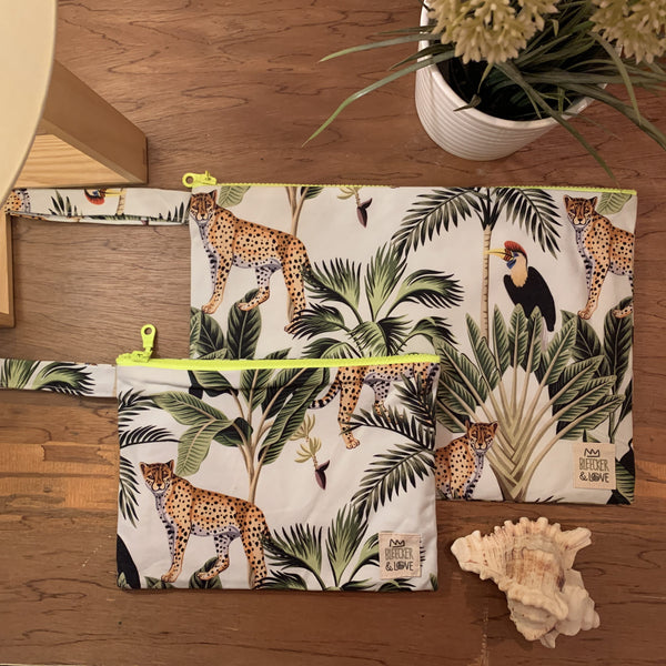 Flat <br/> Pouch <br/> Jungle