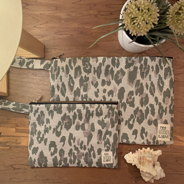 Flat <br/> Pouch <br/> Leo-Camouflage