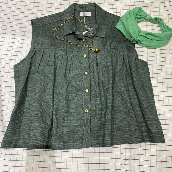 Romy <br/>Collared Sleeveless <br/> Green Top