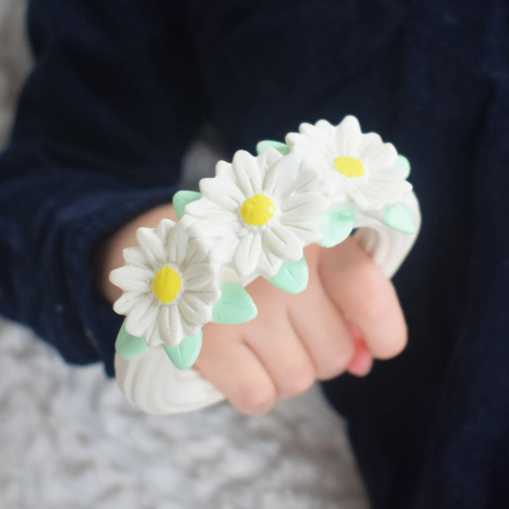 Teething <br/> Ring <br/> Daisy Chain