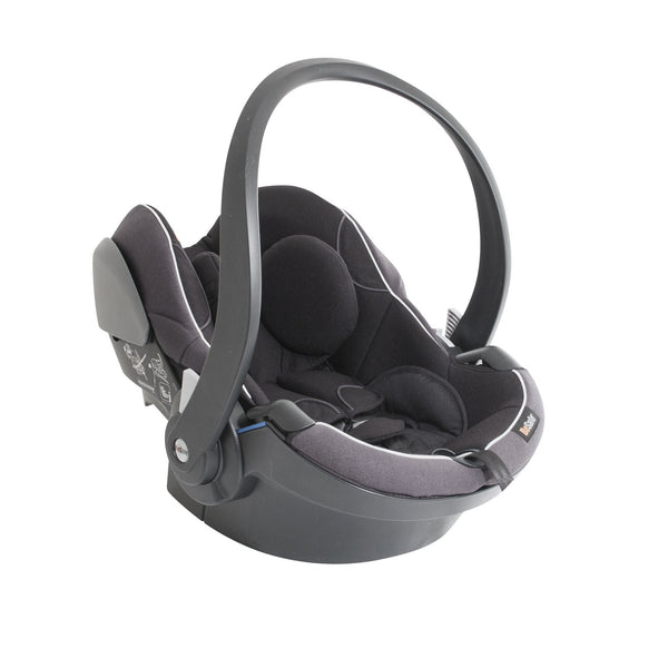 black baby car seat from besafe