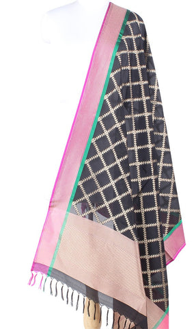 Black Banarasi Silk Dupatta with geometrical grid pattern PCPBD03S36 (1) Main