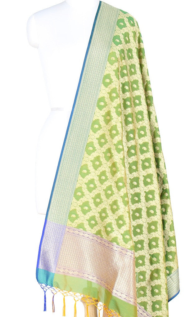 Green Art Silk Banarasi Dupatta with floral jaal and paisley motifs PCRVD04JJ07 (1) Main