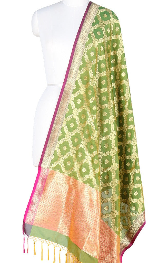 Green Art Silk Banarasi Dupatta with floral jaal and zari work PCRVDAS406 (1) Main