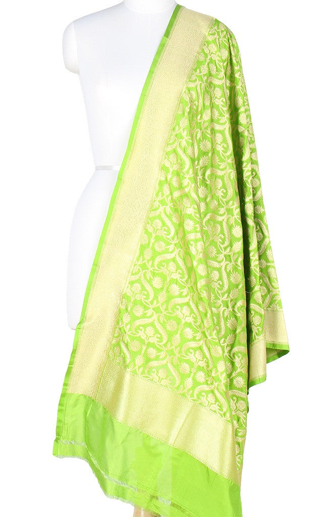 Green Katan Silk Banarasi Dupatta with stylized jaal and Zari work PCRVD05K04 (1) Main