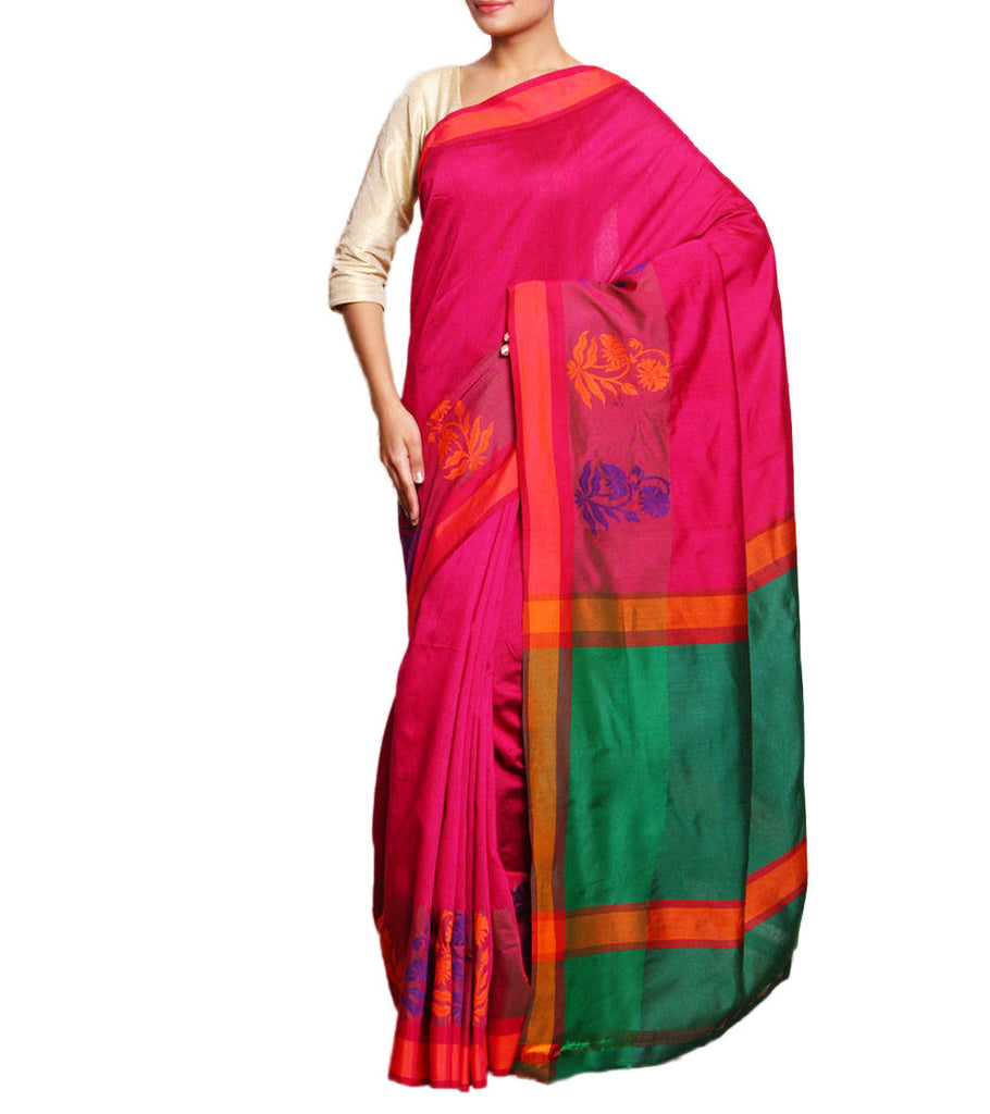 Front side image of model wearing magenta Silk Cotton Saree