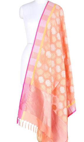 Peach Banarasi Silk Dupatta with spider mums motifs and dual zari work PCPBD01SG03 (1) Main