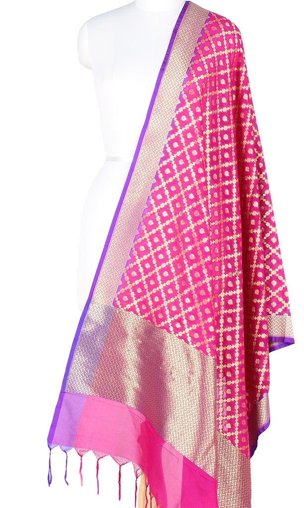 Pink Art Silk Banarasi Dupatta with big grid pattern jaal and zari work PCJB01N59 (1) MAIN