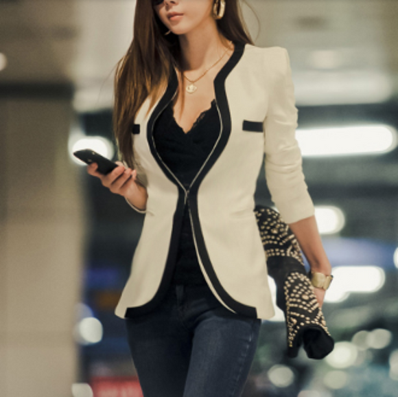 womens white cotton/polyester slim fit blazer