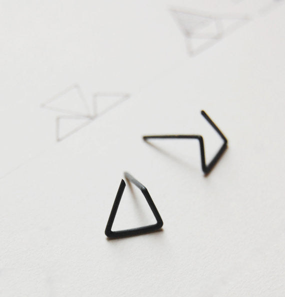 Line triangle earrings N°6 AgJc Oxidized - 1