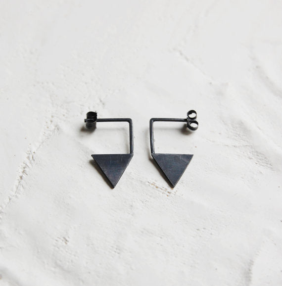 Geometric triangle earrings N°12 AgJc Oxidized / 1mm - 1
