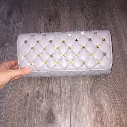 'FAYE' Rockstud quilted clutch bag with crossbody chain