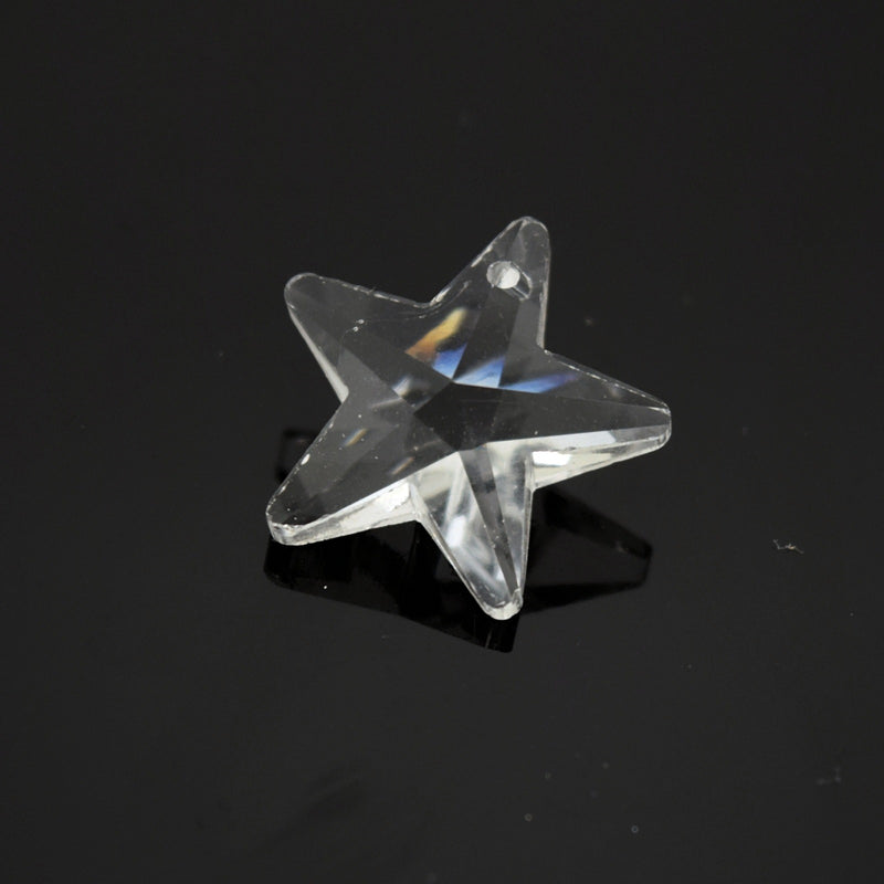 4 x Faceted Glass Clear Star Pendants 20mm