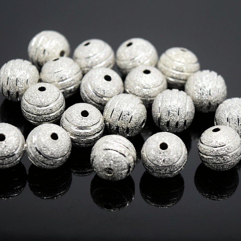 STAR BEADS: 20 x Round Brass Stardust Striped Beads 10mm - Silver - Alloy Beads