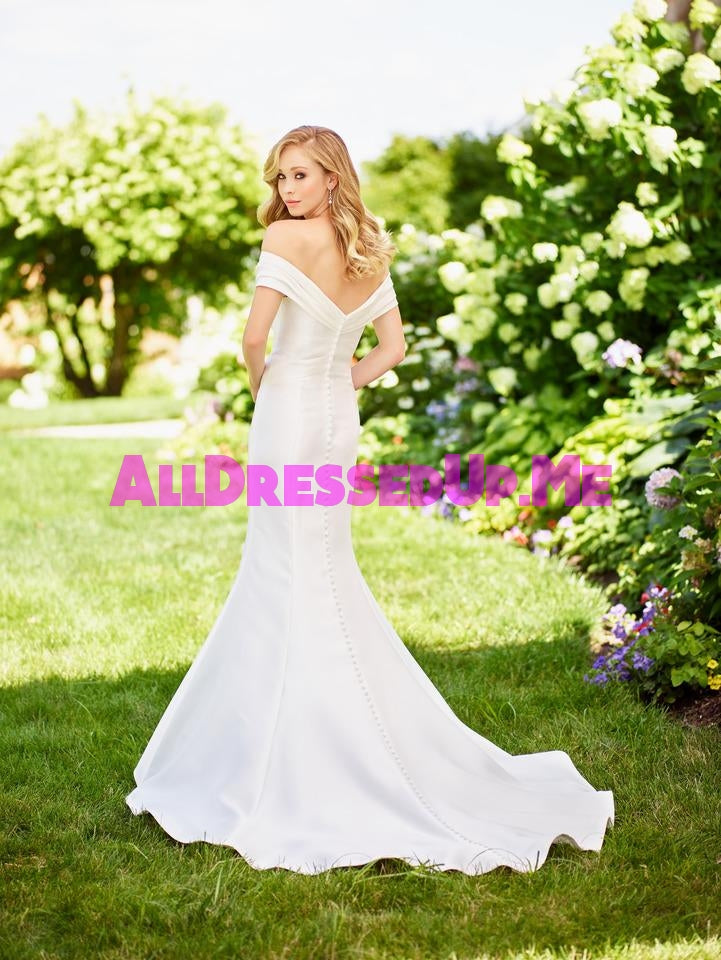 Enchanting - 118139 - All Dressed Up, Bridal Gown - Mon Cheri - - Wedding Gowns Dresses Chattanooga Hixson Shops Boutiques Tennessee TN Georgia GA MSRP Lowest Prices Sale Discount