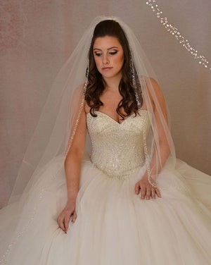 Berger - 4703 - All Dressed Up, Bridal Veil