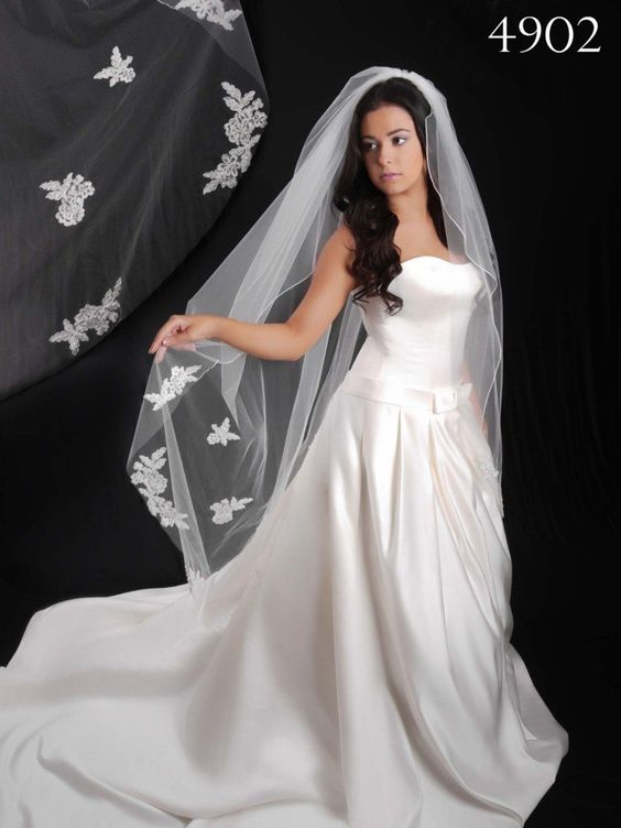 Berger - 4902- All Dressed Up, Bridal Veil