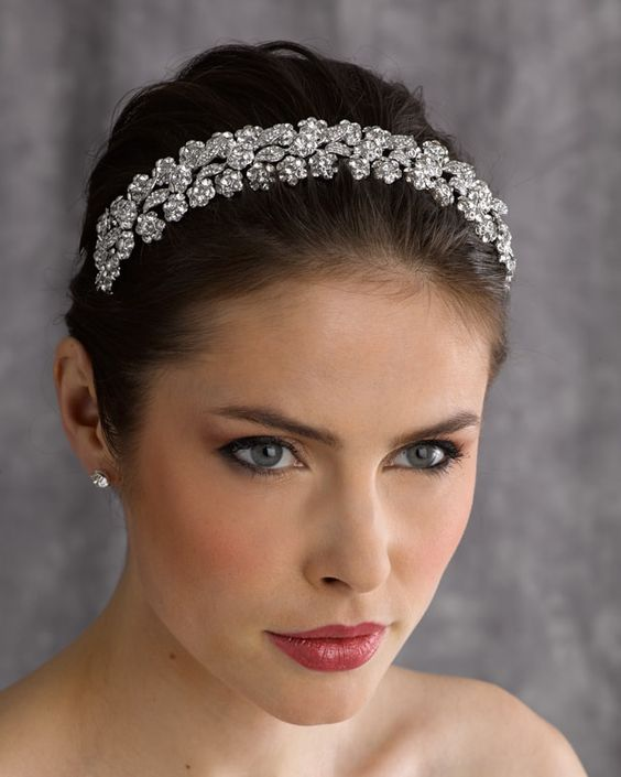 5102 - Cheron's Bridal, Headpiece