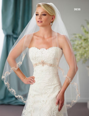 Berger - 9936 - All Dressed Up, Bridal Veil