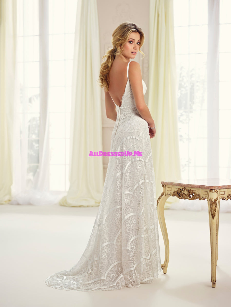 Enchanting - 217113 - All Dressed Up, Bridal Gown - Mon Cheri - - Wedding Gowns Dresses Chattanooga Hixson Shops Boutiques Tennessee TN Georgia GA MSRP Lowest Prices Sale Discount
