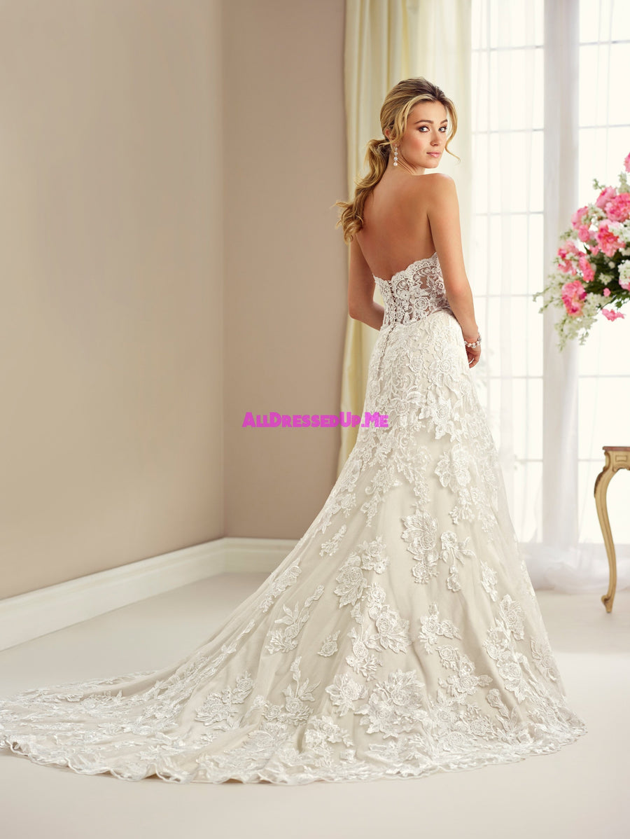 Enchanting - 217118 - All Dressed Up, Bridal Gown - Mon Cheri - - Wedding Gowns Dresses Chattanooga Hixson Shops Boutiques Tennessee TN Georgia GA MSRP Lowest Prices Sale Discount