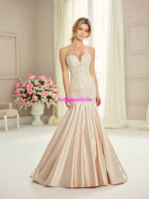 Enchanting - 217122 - All Dressed Up, Bridal Gown - Mon Cheri - - Wedding Gowns Dresses Chattanooga Hixson Shops Boutiques Tennessee TN Georgia GA MSRP Lowest Prices Sale Discount