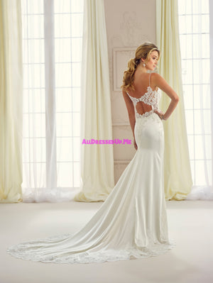 Enchanting - 217123 - All Dressed Up, Bridal Gown - Mon Cheri - - Wedding Gowns Dresses Chattanooga Hixson Shops Boutiques Tennessee TN Georgia GA MSRP Lowest Prices Sale Discount