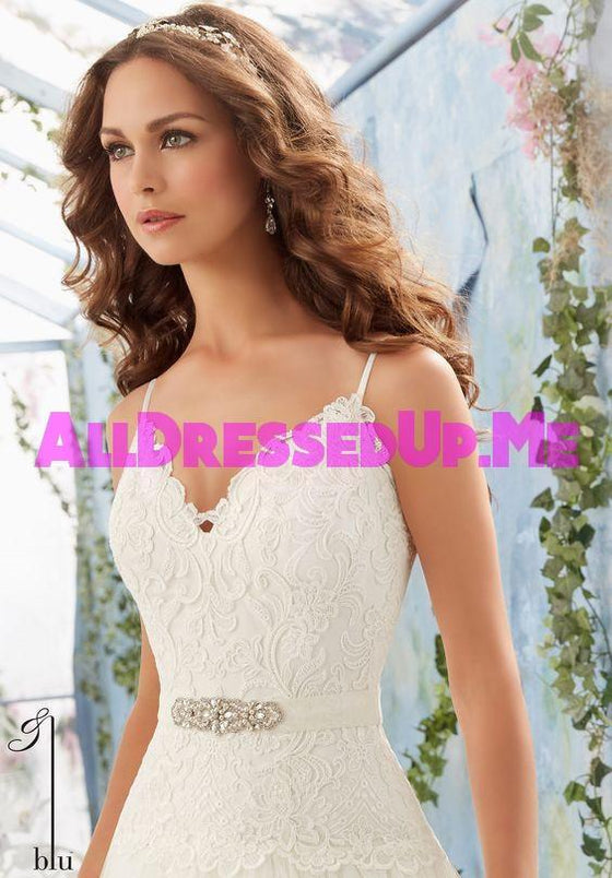 ML Accessories - 11228 - All Dressed Up, Bridal Sash - Morilee - Chattanooga TN's All Dressed Up Bridal Shop / Bridal Boutique offers Wedding Gowns, Prom Dresses & Tuxedo Rentals