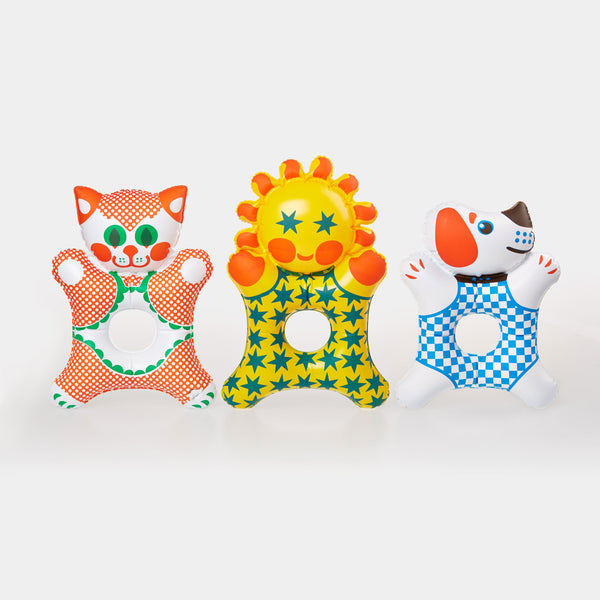 These beautiful inflatable rattles; Doggie, Kitty and Little Sun, are Czech design classics from the 1970s. It is designed by the legendary Czech toy designer Libuše Niklová.
