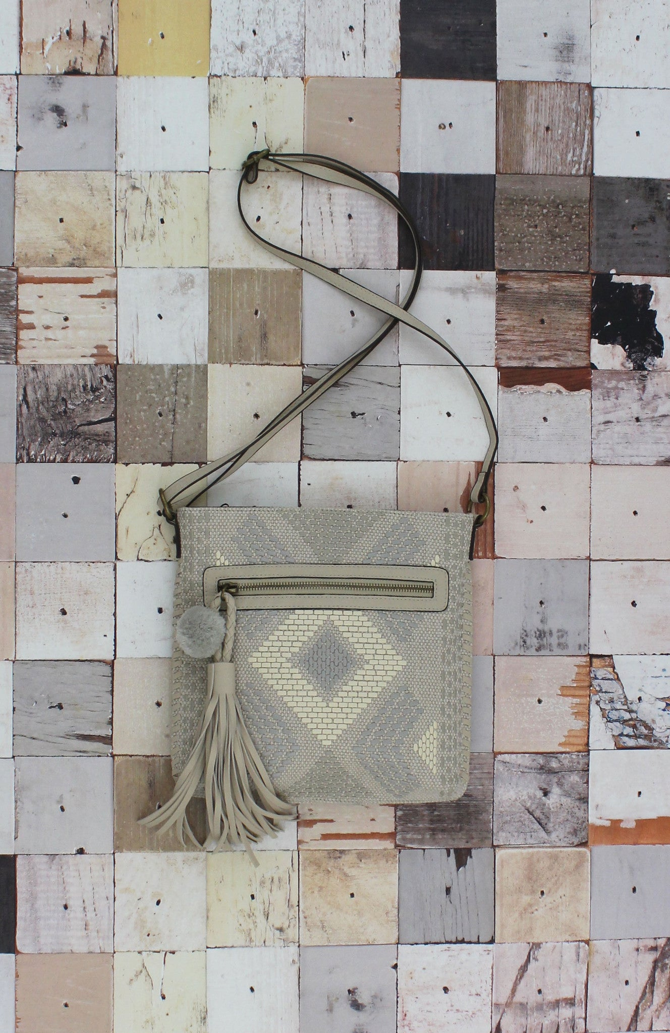 Natural Instincts Crossbody in Bone