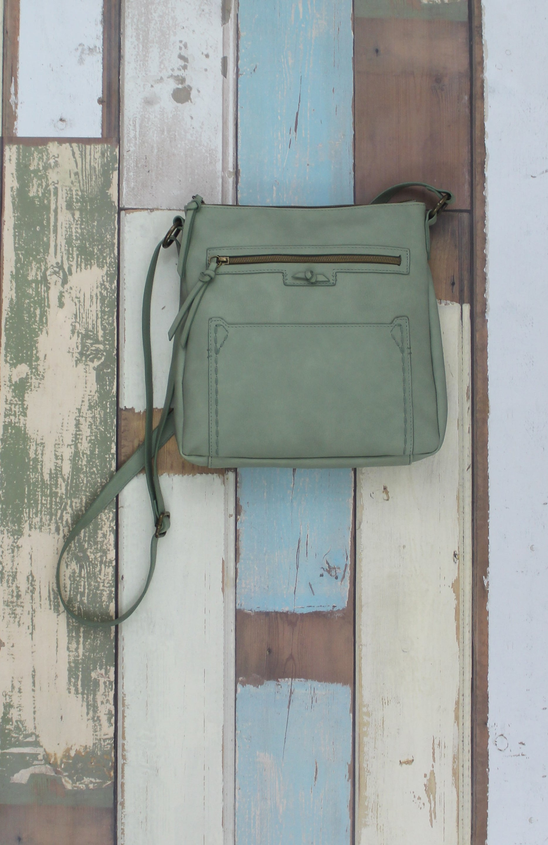 Lilly Crossbody in Mint