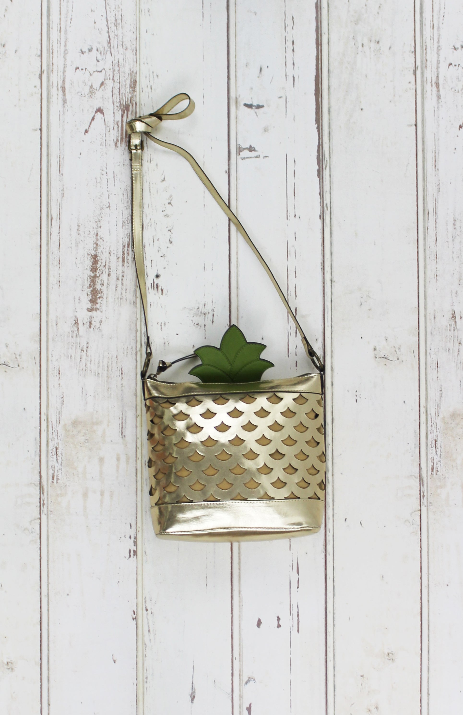 Let it Shine Crossbody in Gold Pineapple