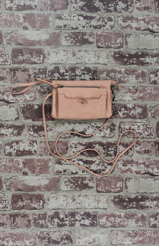 Ringer Passport Crossbody in Cognac