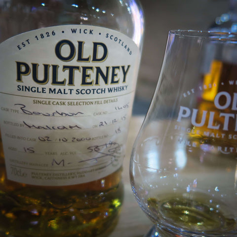 Bottle and glass of Old Pulteney whisky